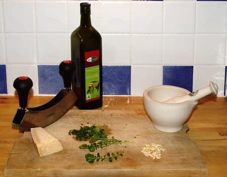 Pesto maken! Foto: AnneTanne - Creative Commons License